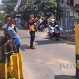 Lepas Palang Pintu Perlintasan Jalan Nias, Ini Alasan PT KAI