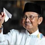 Almarhum BJ Habibie (Google)