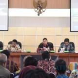 Walikota Kediri Buka Forum Diskusi Soal Pengelolaan Lingkungan