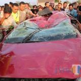 Laka Mobil VS Kereta di Jombang, 4 Orang Tewas