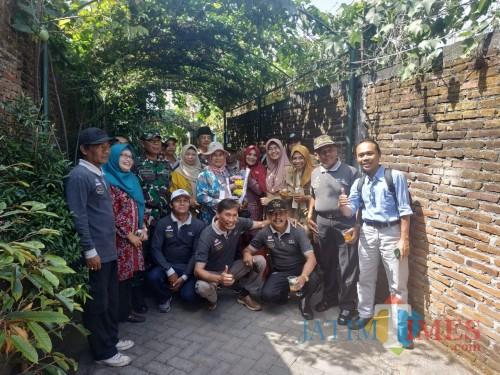 Tim penilaian Kampung Bersinar saat berkunjung di wilayah Tlogomas (Hendra Saputra)