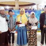Pusat Kajian Zakat El-Zawa UIN Malang Beri Santunan kepada Dhuafa Lansia hingga Anak Yatim Piatu