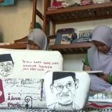 Habibie Berpulang, Ibu-Ibu di Malang Mengenang Lewat Kerajinan