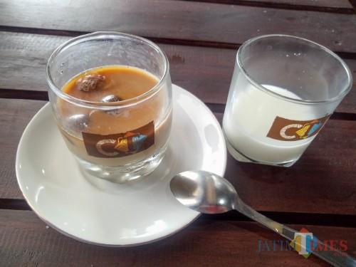 Anti Hambar, Es Kopi Susu CT Khas Coffee Times Berikan Sensasi Rasa yang Makin Menguat