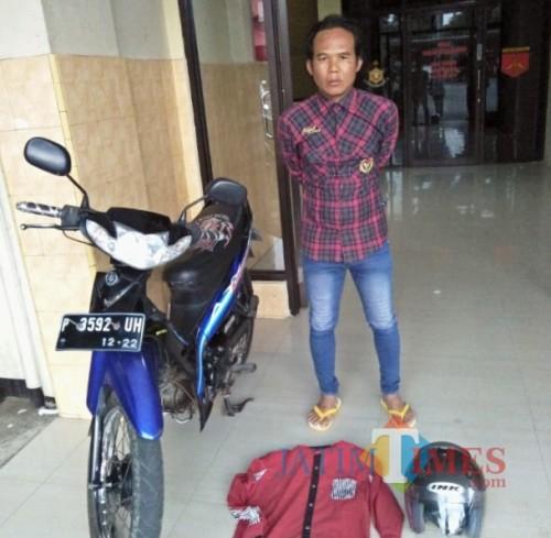 Abdul Halim, residivis pencurian uang di toko bersama barang buktinya