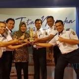 Kali  Kelima, Pemkot Kediri Terima Penghargaan Wahana Tata Nugraha