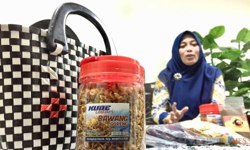 Salah satu produk Kube Kota Batu yang berhasil dikembangkan di kantor Dinas Sosial Kota Batu. (Foto: Irsya Richa/MalangTIMES)
