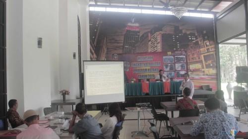 Workshop Kotaku yang digelar Tim Kotaku dan Dinas Perumahan Rakyat Kota Blitar.(Foto : Aunur Rofiq/BlitarTIMES)