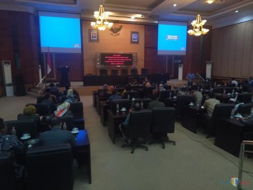 Suasan ruang paripurna DPRD Jombang saat rapat penetapan pimpinan dewan. (Foto : Adi Rosul / JombangTIMES)