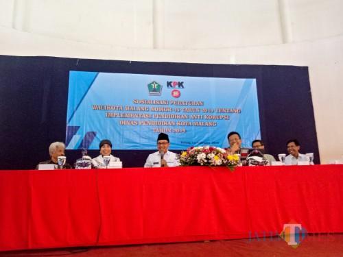 Sosialisasi Implementasi Pendidikan Antikorupsi Dinas Pendidikan Kota Malang 2019. (Foto: Imarotul Izzah/MalangTIMES)