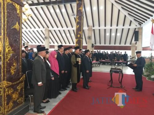 Bupati Malang Sanusi melantik 87 pejabat fungsional, Jumat (20/09/2019), di Pendopo Agung Kabupaten Malang. (Humas Pemkab Malang)