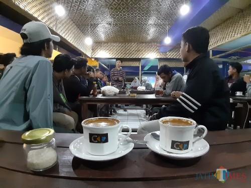 Ngopi Asyik Sambil Kumpul Komunitas di Coffee Times, Bisa Banget!
