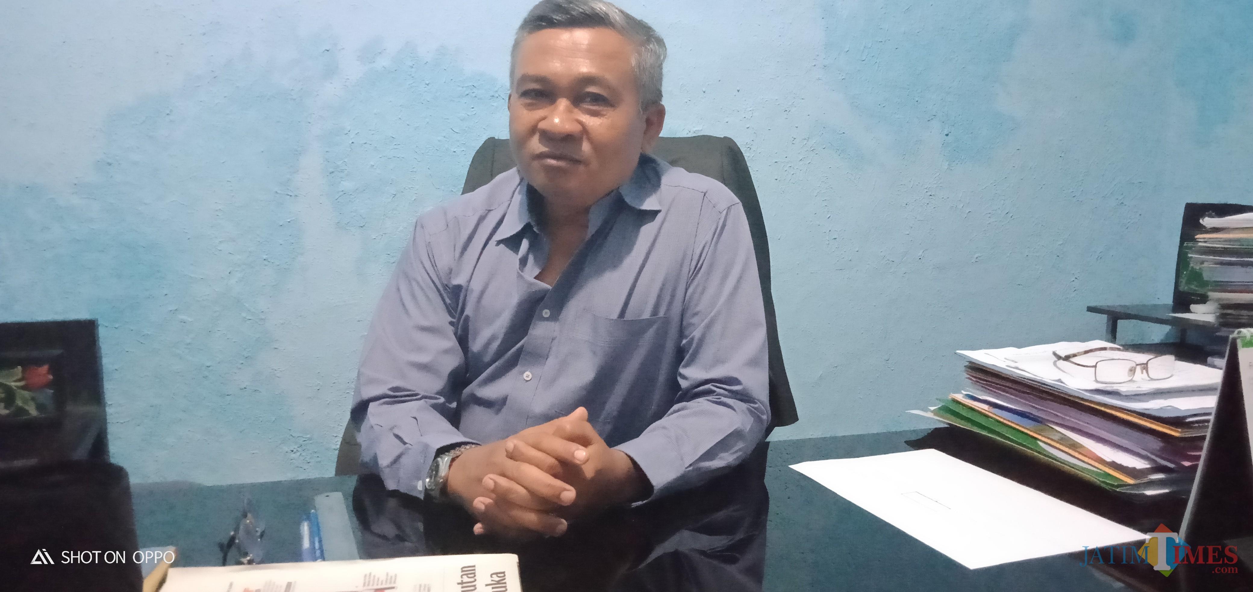 Kepala Dinas Pariwisata Kebudayaan Pemuda dan Olahraga (Kadisprbudpora) Sumenep Carto. (Foto: Syaiful Ramadhani / JatimTIMES)
