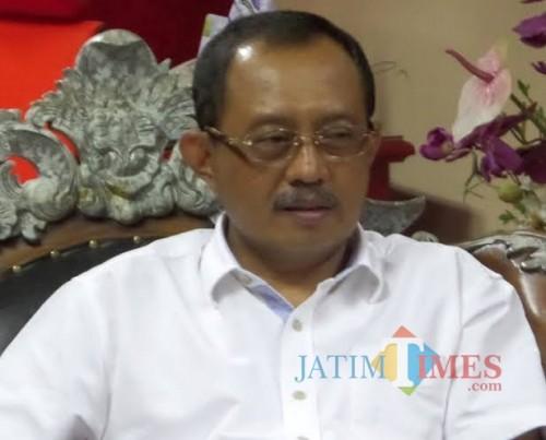 Mantan Ketua DPRD Surabaya Armuji