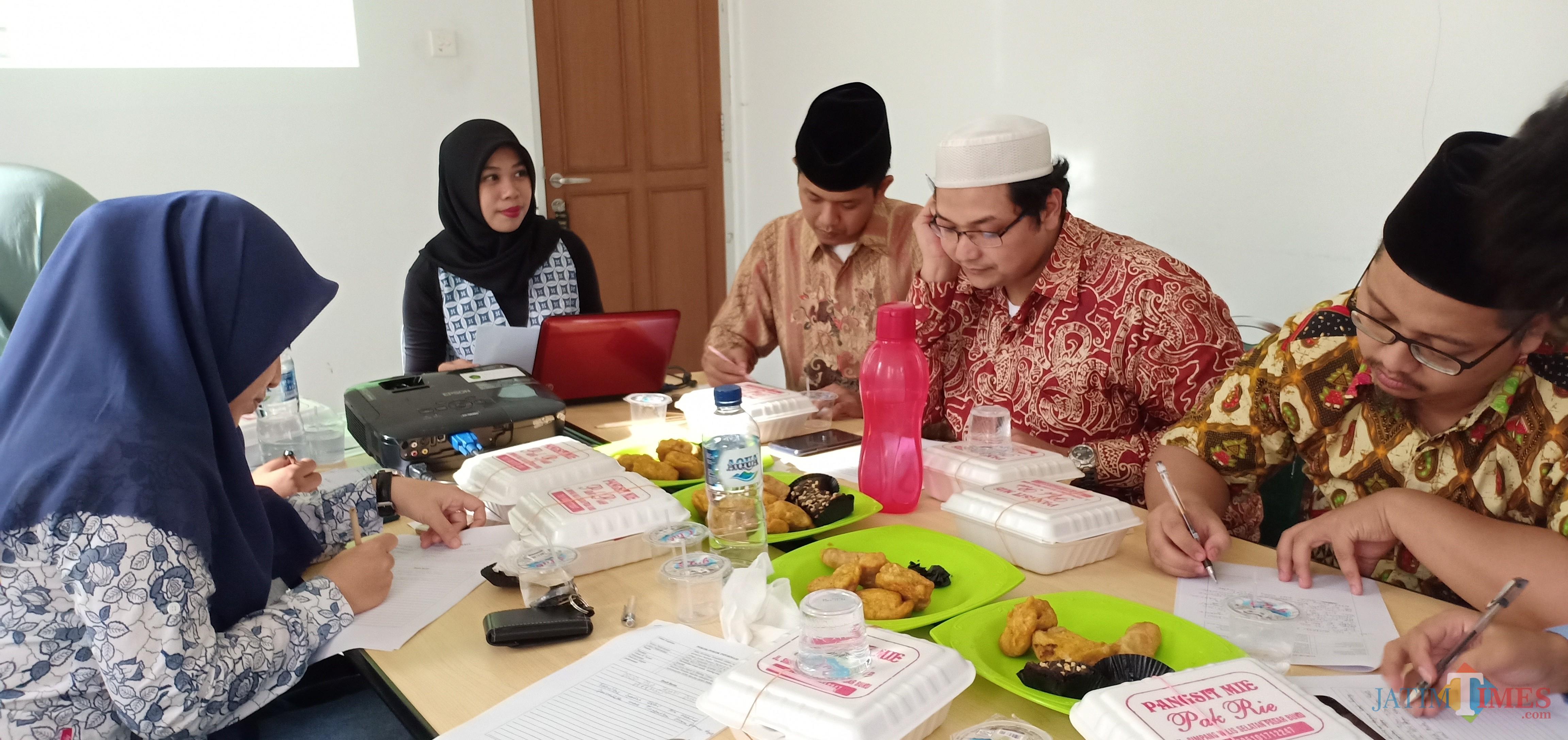 Kegiatan Mini-workshop optimalisasi website di Fakultas Syariah UIN Malang. (Foto: Dokumen MalangTIMES)