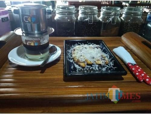 Pisang Keju Coklat andalan CoffeeTimes, bikin lumer dimulut (Dokumentasi Cofee Times)