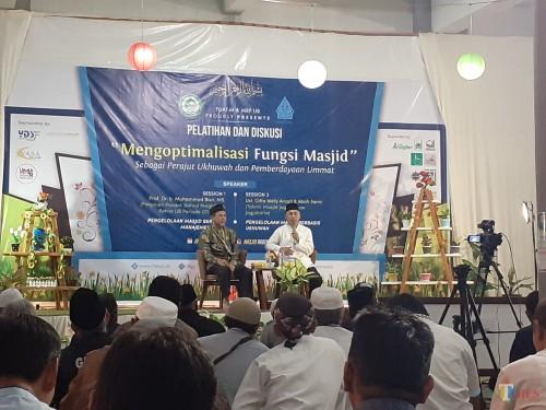 Suasana pelatihan dan diskusi Mengoptimalisasi Fungsi Masjid,di Masjid Raden Patah Universitas Brawijaya Malang. (Arifina Cahyanti Firdausi/MalangTIMES)