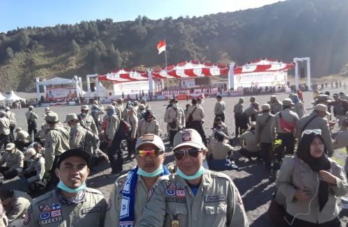 Koordinator Tagana Kota Malang Djoko Anung Prayitno (tengah) saat mengikuti Jambore Tagana se-Indonesia. (istimewa)