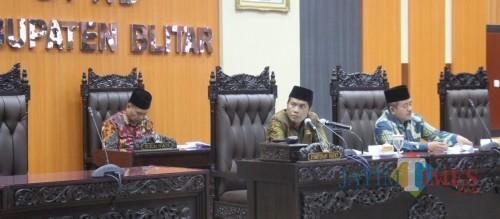 Rapat paripurna penetapan calon pimpinan definitif DPRD Kabupaten Blitar