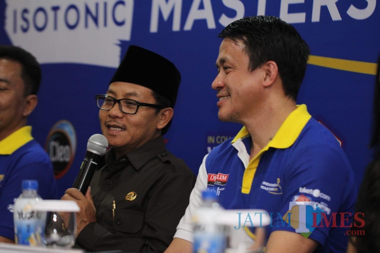 Wali Kota Malang Sutiaji ketika memberikan keterangan pers.