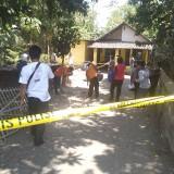 Penemuan Mayat di Pinggir Jalan, Polisi Periksa Rumah yang Diduga Lokasi Pembunuhan