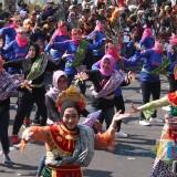 Kemeriahan Hari Kesaktian Pancasila di Jombang, Ribuan Warga Menari Kolosal