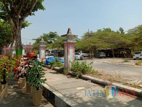 Lahan bekas rumah sakit di Jl Keshatan yang akan  dijadikan tempat baru PKL. Proses pemabangunanya masih 3 persen.