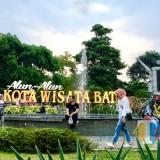 Urai Kemacetan Seputar Alun-Alun Kota Batu, Pemkot Bakal Sewa Lahan 2 Hektare untuk Parkir
