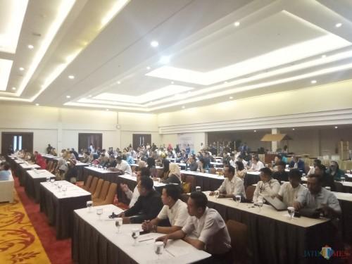 Para WP Kota Malang yang dikumpulkan guna mengikuti Forum Grup Discusion (FGD) Pencegahan Korupsi dan Peningkatan Pajak Daerah melalui sistem online (9/10/2019) (Anggara Sudiongko/MalangTIMES)