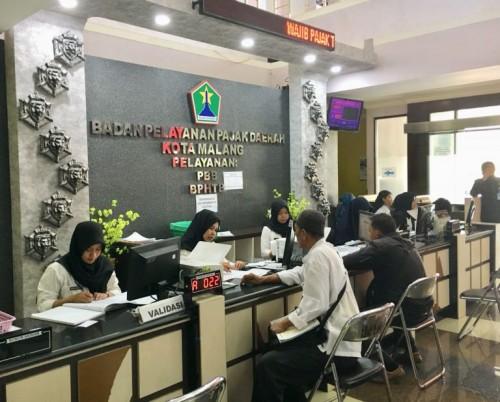 Pelayanan di Kantor BP2D Kota Malang (Humas.malangkota.go.id)