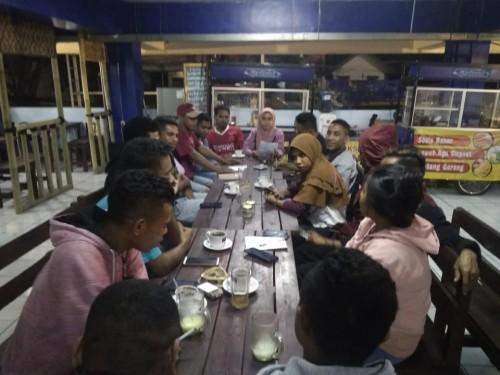 Satau satu organisasi, Imakama yang melakukan diskusi atau rapat organisasi di Coffee Times (ist)