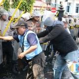 Jelang Pelantikan Presiden, Massa Rusuh, Polisi Tembakkan Water Canon