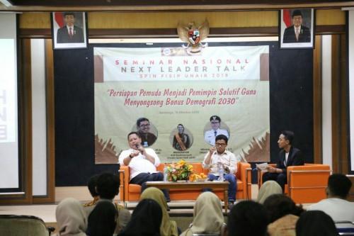 Wawali Surabaya Whisnu Sakti Buana saat acara diskusi di Kampus Unair