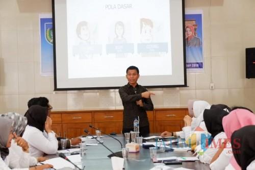 Semua OPD dilingkungan Pemkab Kediri mengikuti acara Public Speaking. (eko Arif s /JatimTimes)