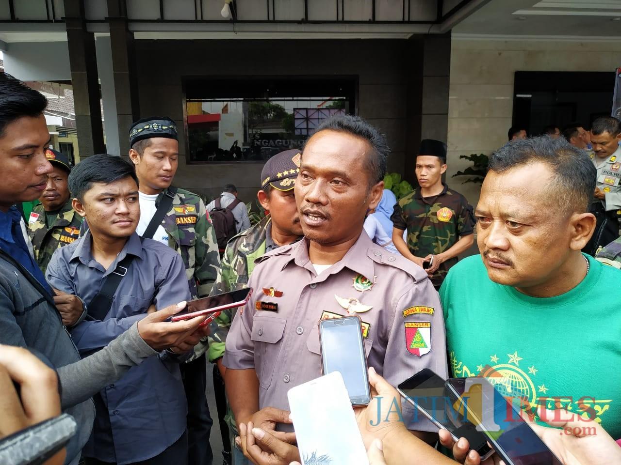 Fatkhurohman, kasatkorcab Banser Kabupaten Trenggalek. / Foto : Anang Basso / Tulungagung TIMES
