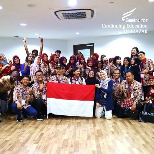 Para dosen dan mahasiswa Pasca Sarjana Unikama saat visiting study ke universitas di Malaysia (Unikama for MalangTIMES)
