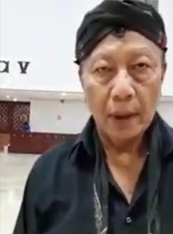 Tangkapan layar Ki Sabdo Jagad Royo yang sebut pelantikan Jokowi dijaga jin, Roro Kidul dan lainnya