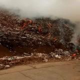 Lahan Terbakar TPA Supit Urang Semakin Lebar, Radius Kepulan Asap Meluas