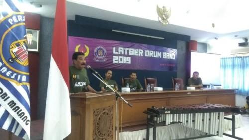 Perwakilan KONI Kota Malang, Husni Ali saat memberikan sambutan pada Latber PDBI (KONI Kota Malang for MalangTIMES)