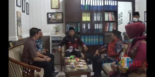MIN 1 Malang Heboh Difteri, Wali Kota Malang Sutiaji Tinjau Sekolah