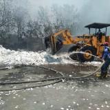 Api Bakar Pabrik Kertas Setia Kawan, Damkar Minta Bantuan Kabupaten Tetangga
