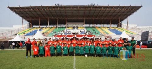 Peringati Hari Sumpah Pemuda, PJU Polrestabes Surabaya Menang Lawan Persebaya Legend