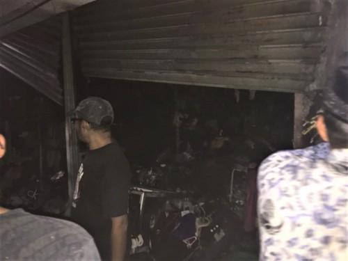 Kios milik Fatimah yang habis terbakar di Pasar Besar Kota Batu, Senin (28/10/2019).