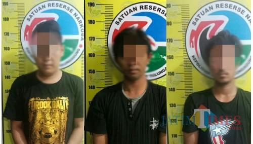 Tiga tersangka yang berhasil di amankan Satresnarkoba Polres Tulungagung / Foto : Istimewa / Tulungagung TIMES