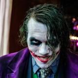Lagi Asik Nonton Film Joker, Tiba-Tiba Penonton Kocar-Kacir oleh Teriakan Takbir