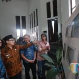 Puluhan Kartun Anti-Korupsi Mejeng di Balai Kota Malang, Bentuk Perangi Korupsi