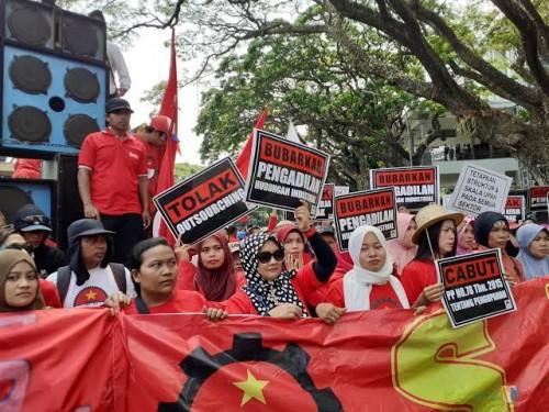 Demo bubarkan BPJS Kesehatan di Kota Malang dan pernyataan sikap berbagai kalangan terkait penolakan kenaikan tarif 100 persen (dok MalangTIMES)
