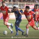 """Singo Edan Kalah """"Diseruduk"""" Badak Lampung FC"""