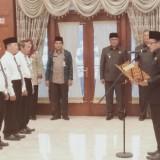 4 Kepala SD dan 1 Kepala SMP di Lingkungan Dinas Pendidikan Kota Malang Dikukuhkan