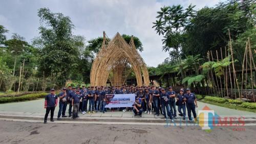 Peduli Kelestarian Lingkungan PT. Gudang Garam Ajak Media Studi Banding ke Dusun Bambu
